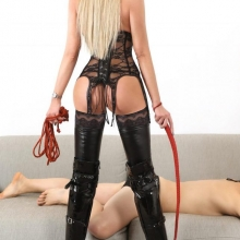 lady-sarah-gallerie-1-pic-8-644x1024